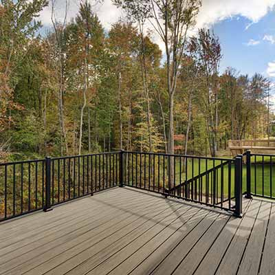 Rockford, MI Decking and exterior builds